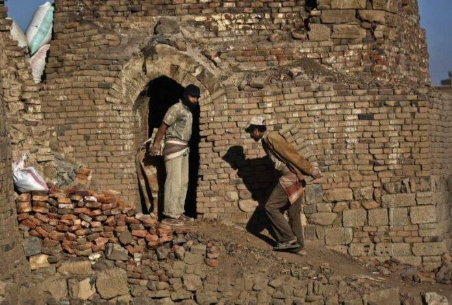 البطالة داء اليمن المزمن!