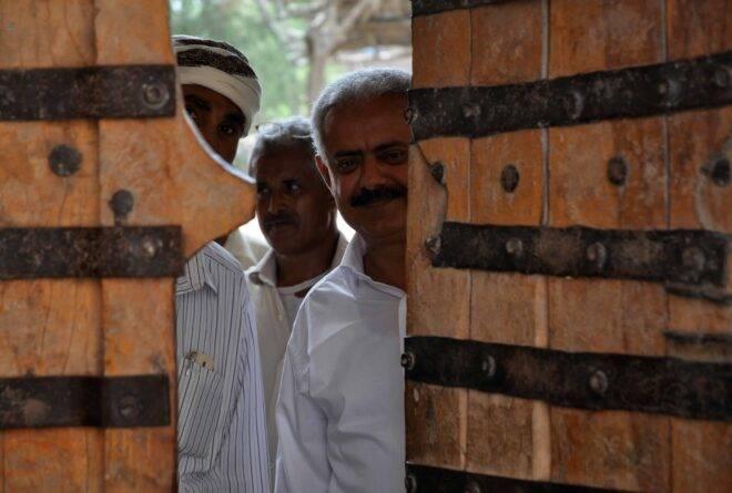 كيف أثر النزاع في اليمن على العلاقات الاجتماعية؟