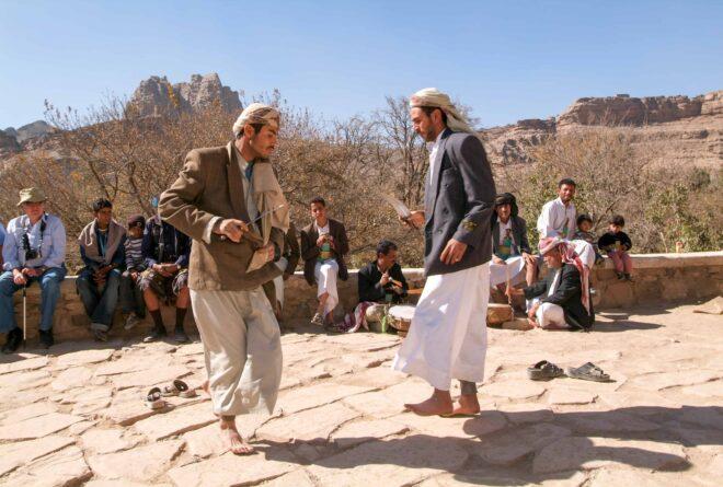 الرقص الشعبي.. أكثر ألوان الفلكلور اليمني حيوية!